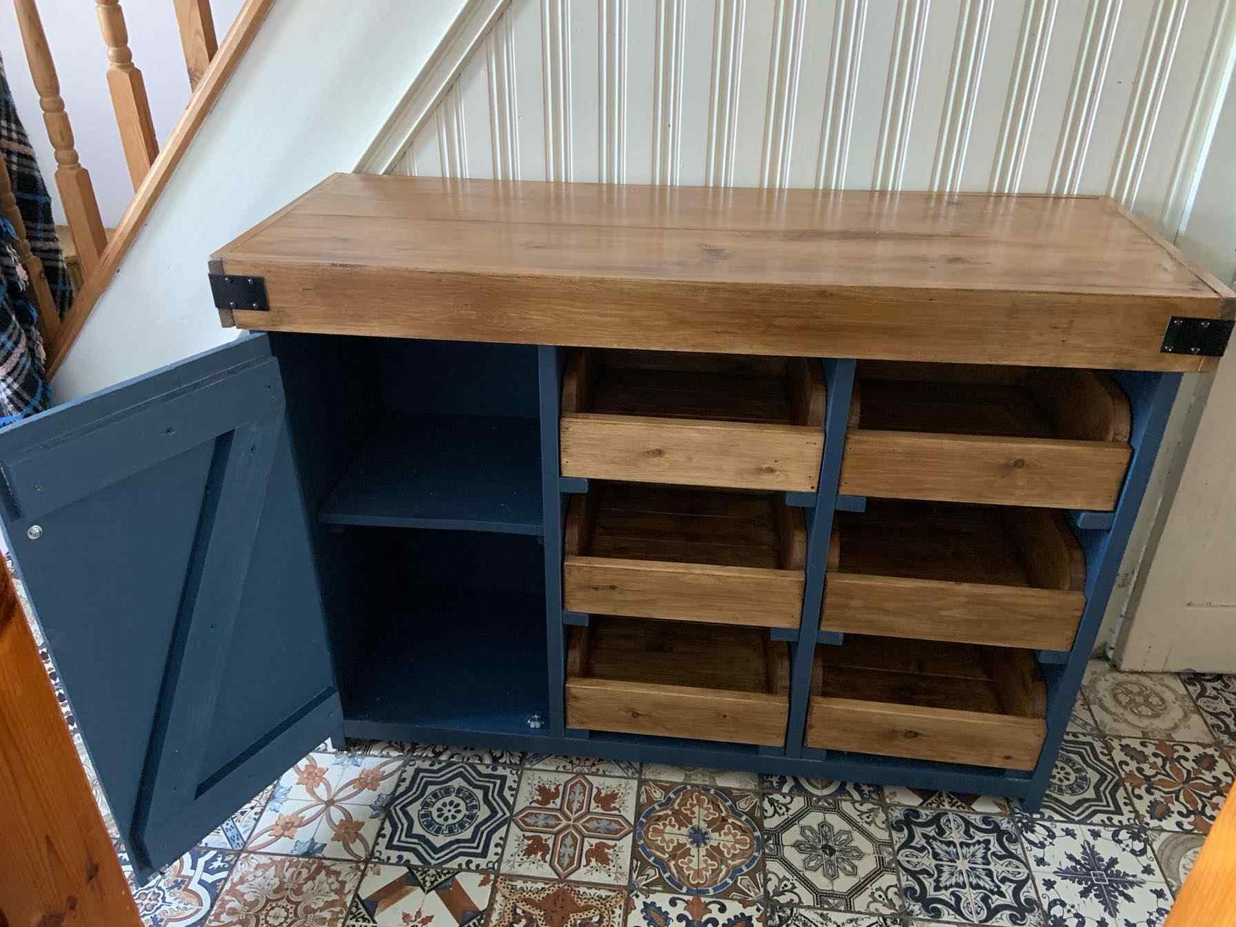 reclaimed wood sideboard